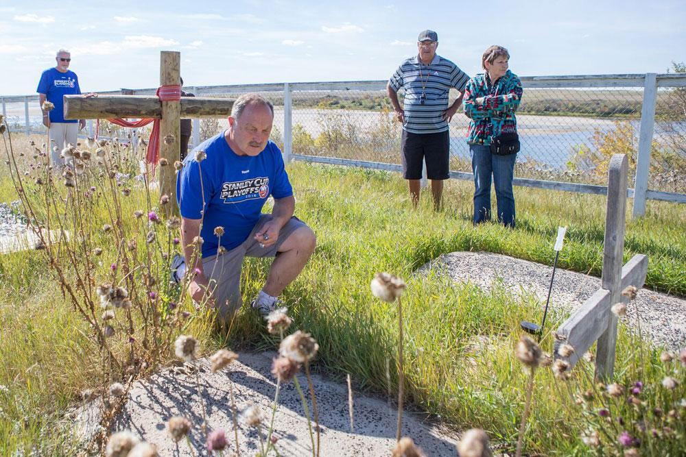 Legendary Islanders visit Whitecap