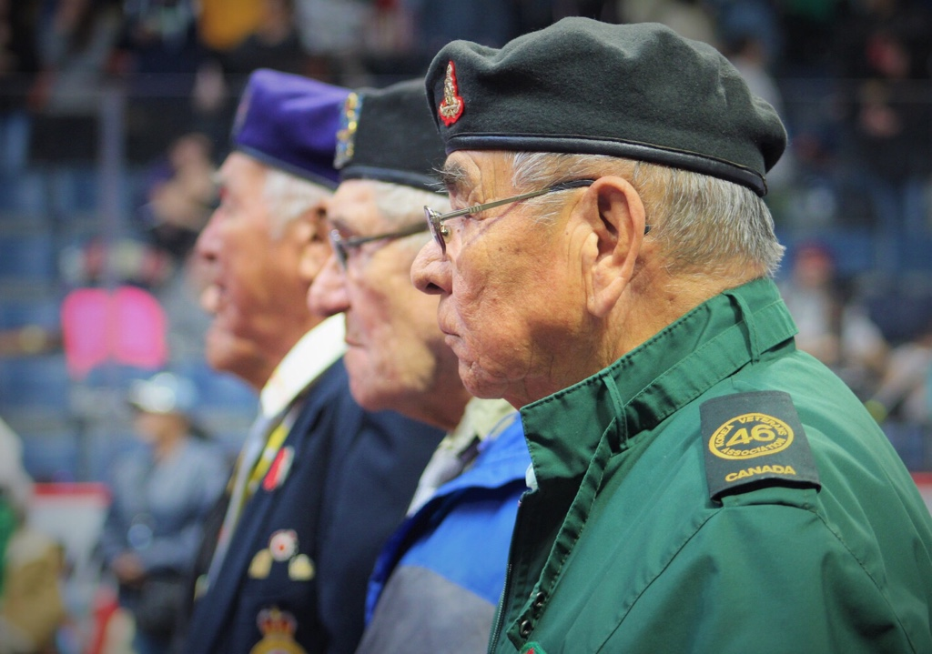 Veterans honoured at the FNUniv powwow.