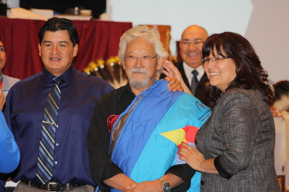 Following his presentation, David Suzuki was honoured and posed for photos with delegates, including Vice-Chief Bobby Cameron and Vice-Chief Kimberly Jonathan