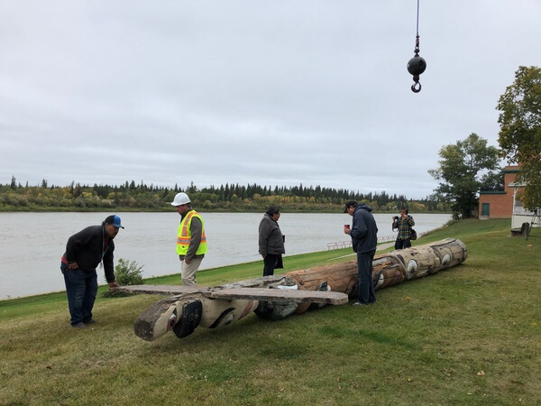 Prince Albert totem pole removed for safety reasons