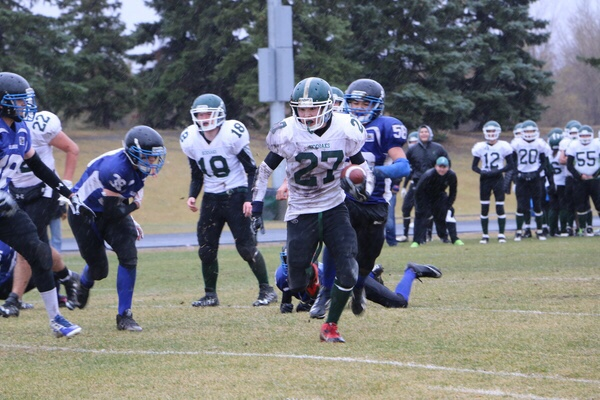 #27 Shawn Francois of the Creighton Kodiaks, scoring one of his three touchdowns of the game.